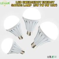 En gros LED Ampoule E27 Sans Fil D'urgence Lumière 5 W ~ 12 W 6000 k LED Lampe À Économie D'énergie Blanc Rechargeable avec Crochet sur Des Ventes Multiples