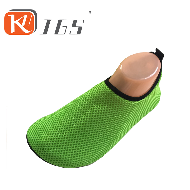KHJGS 2016 fashion Sport flat aqua shoes Swimming Water Shoes Breathable Flats Men Casual Sandals Summer Jogging free shipping environmentally friendly pvc inflatable shell water floating row of a variety of swimming pearl shell swimming ring
