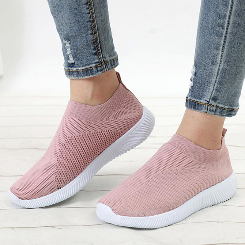 Women Shoes 2019 Knitted Slip On Female Flat Shoes Tenis Feminino Casual Mesh Walking Footwear Sneakers Women Vulcanize Shoes