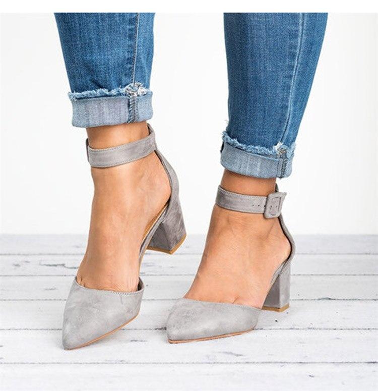 HTB1TMKVbcnrK1RjSspkq6yuvXXa7 Factory Direct Low Heels Sandals Women Ankle Strap Summer Shoes Female Plus Size 43 Block Heels Women Shoes 2019 Casual Sandals
