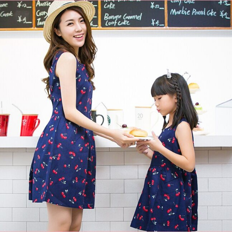 Mom And Daughter Dress Family Fitted Summer 2016 Sleeveless Print Linen Dress Mother Daughter Dresses цена