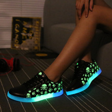 2016 new Printed Skull head for men and women light-emitting luminous shoes couple shoes sports fluorescence shoes Eu 35-44