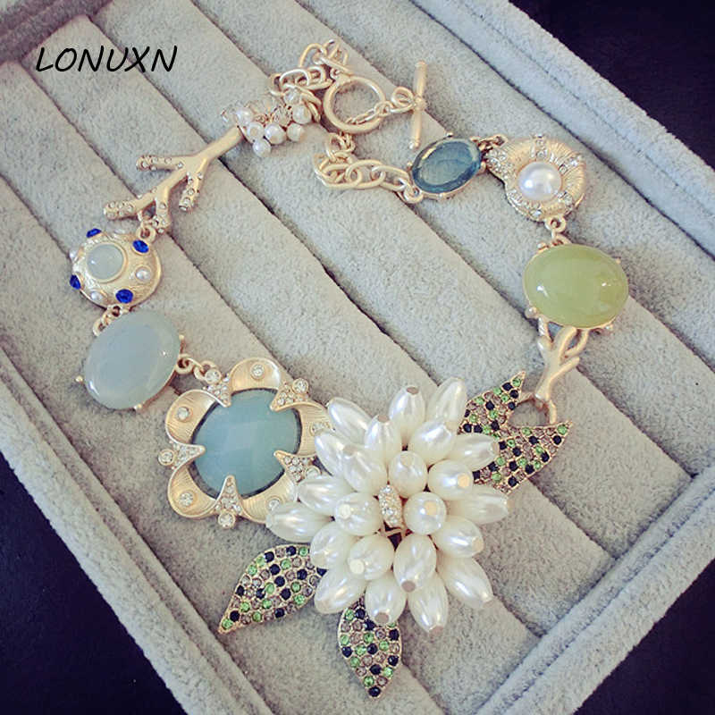original zinc alloy European fashion Green Flowers Pendant  statement Necklace female Baroque sweater chain girls lovers gift