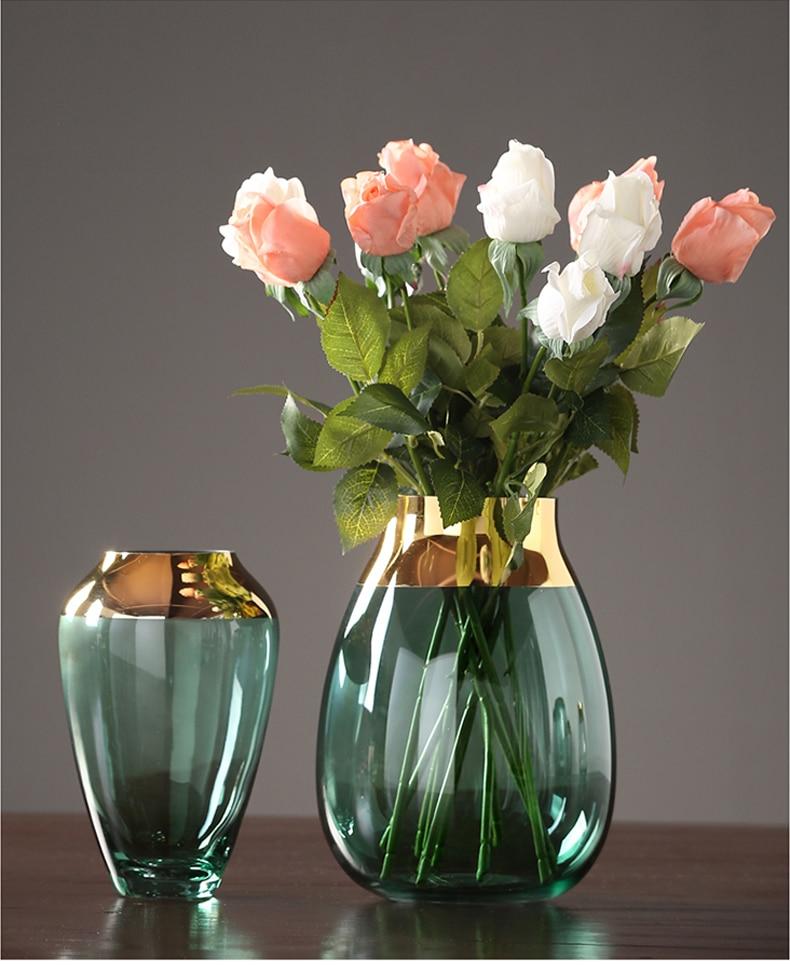 квартиру одном букеты цветов в хрустальной вазе фото насыщенный, сочетается