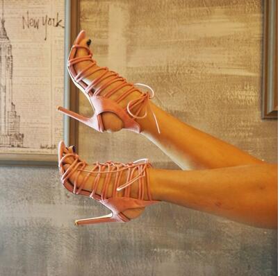 Réel Suédé Photo Up 2017 Photo Style Heel As Cut Femme High Romain Photos Cuir Creuse Out Sandales Sexy as En Lace wZXqgB