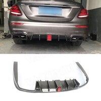 E classe De Fibra De Carbono Rear Bumper Lip Difusor com luz para o Benz W213 E200 E260 E300 E63 AMG Estilo B 2017 2018 +