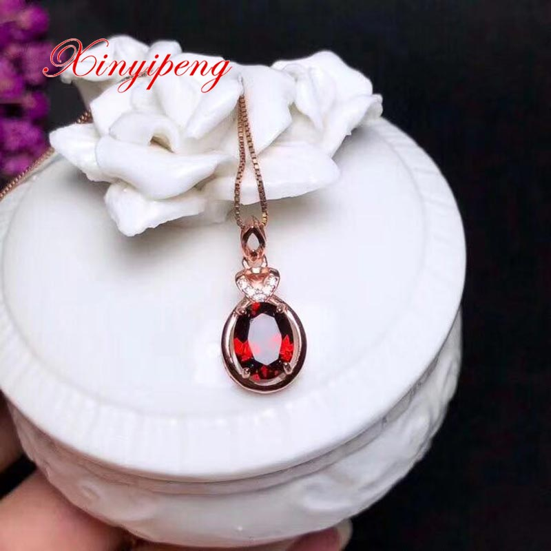 Xin yi peng 925 silver plated rose gold inlaid natural garnet pendant necklace Women necklace style exquisite fashion Xin yi peng 925 silver plated rose gold inlaid natural garnet pendant necklace Women necklace style exquisite fashion