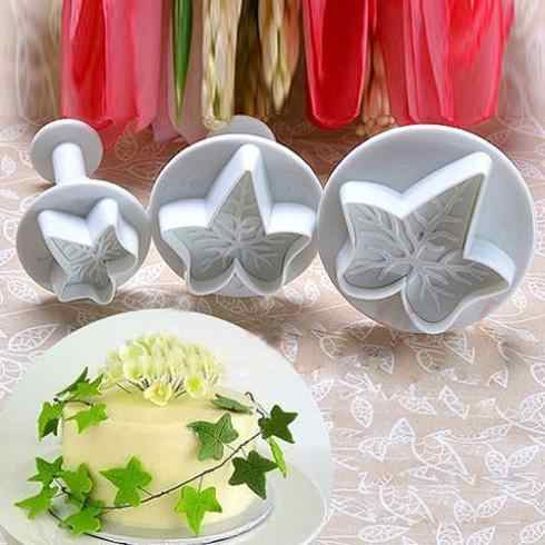 Christmas Bakeware 3Pcs/Set Maple Leaf Shape Fondant Cookie Cake Sugarcraft Plunger Cutters Mold Tools Specialized