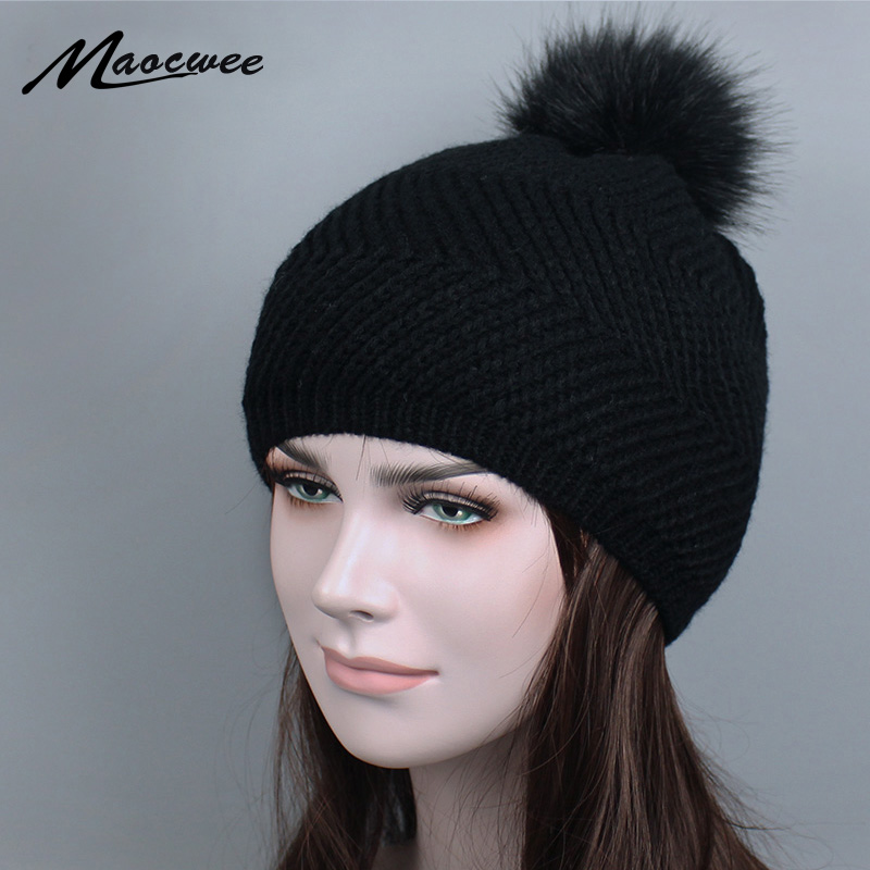 2018 women hat the hundreds Brand New High-Quality women winter The Ball ski hat pom poms knitted hats made of   Skullies     Beanies