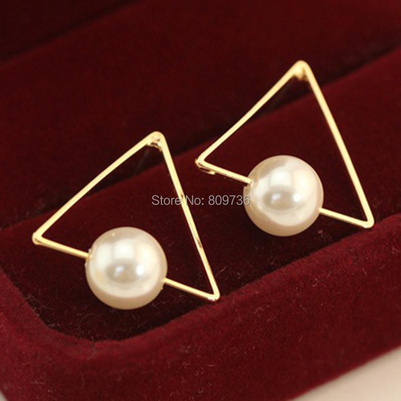 968baf15579e Corea del estilo caliente del triángulo geometría mujer Pendientes textura  exageradas pendiente goldtone del encanto joyería al por mayor baratos