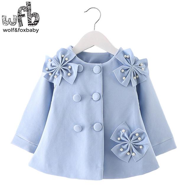 Venta al por menor 0-3 años abrigo color sólido completo mangas de tres flores zanja niños niños primavera otoño otoño