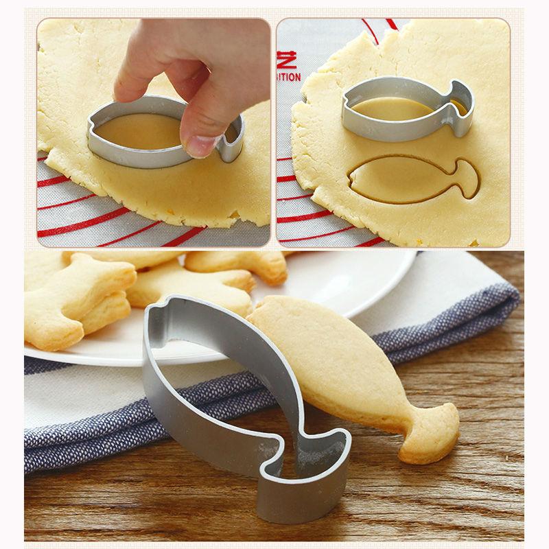 Biscuit Molder Plastic Dough Roller Cookie Cutting Die Baking Cake Tool Hot Sale