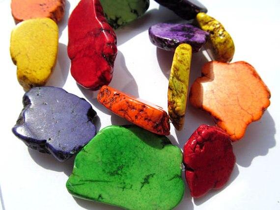 En gros turquoise pierre précieuse forme libre pépites dalle multicolore bijoux perles 25-35mm-2 brins 16