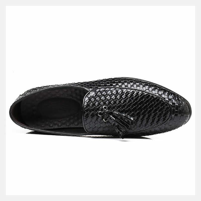 2488bf1d26c ... Merkmak Tassel Men Loafers Luxury Brand Comfort Elegant Weaving Men  Dress Shoes Men s Flats Casual Shoes ...