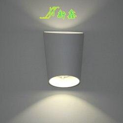 Fabryka sprzedaż bezpośrednia lampa ścienna LED z aluminium W górę iw dół światła na ścianie 6 W proste cylindryczne bar KTV kryty ściany podłogi lampa w Lampy ścienne od Lampy i oświetlenie na