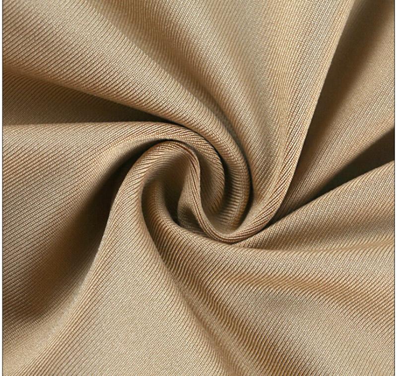 Short de compression pour femme beige, gros plan sur le tissu