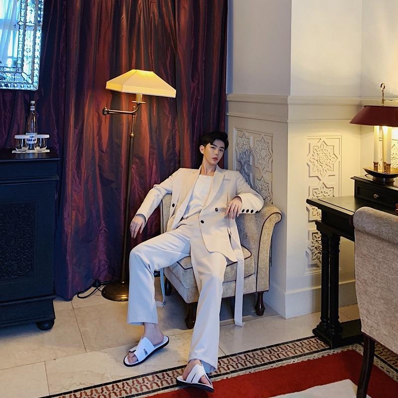 2019 Nuovi Uomini di Modo Casual 2 PCS Si Adatta Alle uomini (jacket + pant) Streetwear Maschio Nastro Giacca Sportiva Giacca Pantaloni-in Blazer da Abbigliamento da uomo su  Gruppo 2