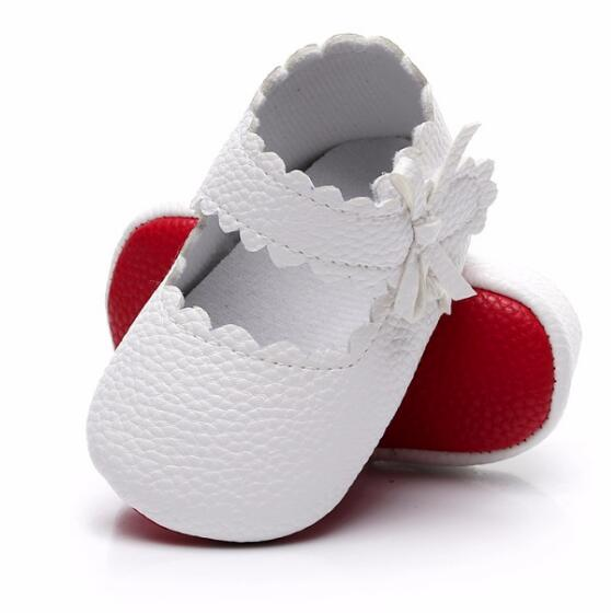 2020 New Babe Girls PU Leather Baby Moccasins Infant Soft Leather First Walkers Solid Soft Sole Prewalkers Baby Shoes