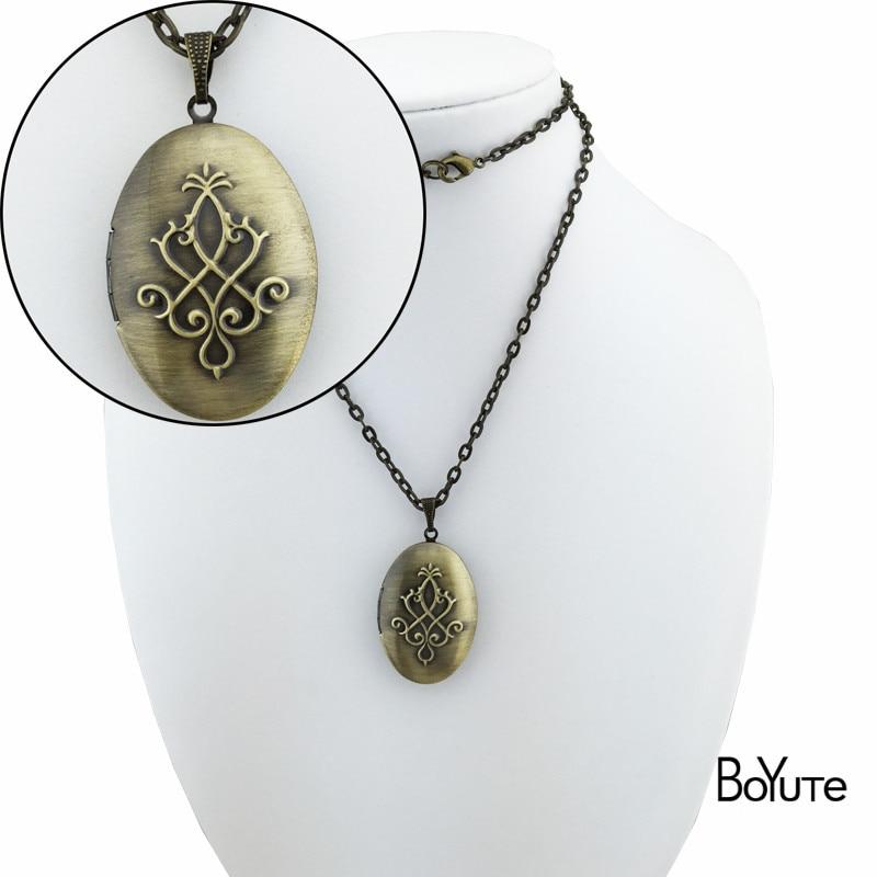 Locket Necklace 1