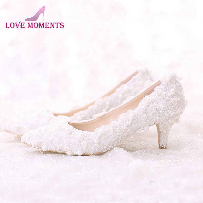 Promotion Pointed Toe Wedding Shoes for Bridesmaid White Sweet Lace Bridal Shoes Bouquet Middle Heel Mother of the Bride Shoes