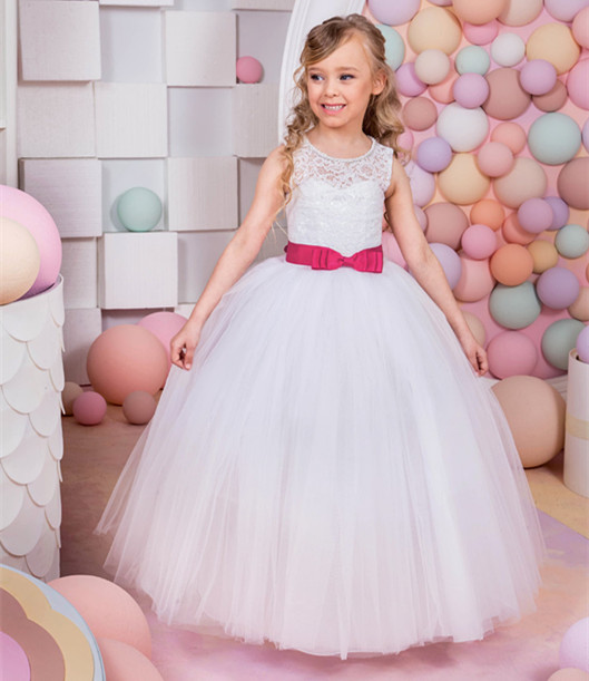 New First Communion Dresses for Girls Belt Lace Up Appliques O-neck Formal Flower Girl Dresses Vestido Communion Longo Hot 2017 new flower girl dresses lace up appliques o neck short sleeves lace up first communion birthday dresses vestidos longo hot