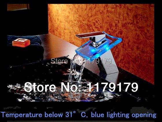 Robinet de cascade de 3 couleurs de LED de bassin de LED robinet frais et chaud, robinet de finition de chrome de cuivre