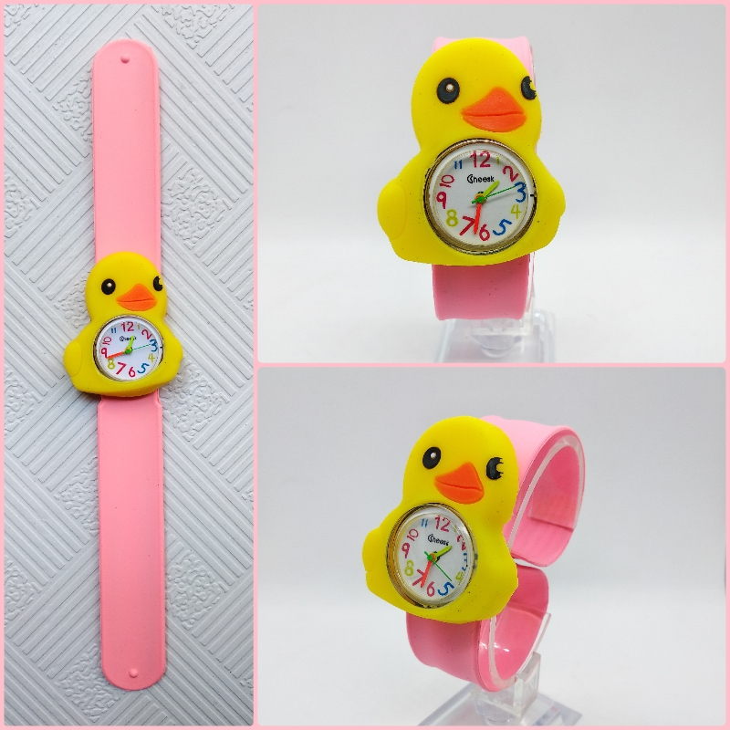 Hot Selling Children Watch Boy Girl Students Clock Child Gift Cartoon Little Yellow Duck Silicone Tape Patted Table Kids Watches