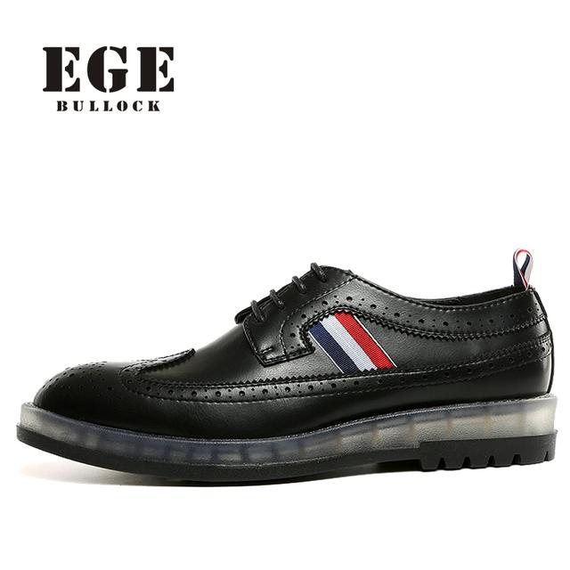 Hombres Brogue Zapatos 2017 Nueva Llegada de la Moda Masculina de Estilo Británico pisos Zapatos Causales de la Marca Negro de Cuero Genuino de Alta Calidad para hombres