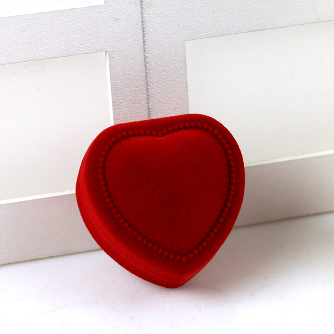 Heart Shape Red Velvet Box For Engagement Wedding Ring Box Jewelry Display Rings Jewelry Packaging
