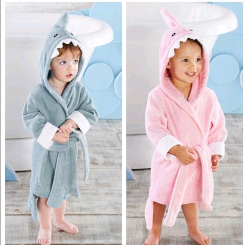2-6 Jaar Baby Gewaad Cartoon Hoodies Meisje Jongens Nachtkleding Goede Kwaliteit Badhanddoeken Kids Zachte Badjas Pyjama Kinderen Kleding Aangename Zoetheid