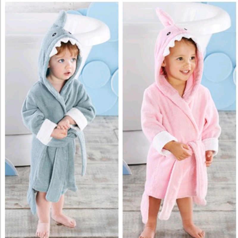 Халат для малышей от 2 до 6 лет толстовки с героями мультфильмов одежда для сна для мальчиков и девочек банные полотенца хорошего качества, детская мягкая Ночная рубашка в комплекте с купальным халатом, детская одежда
