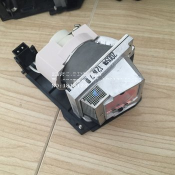 Replacement Replacement Original Projector Lamp 725-10225 / 330-9847 / X9KHM for dell S300,S300Wi,S300W Projector(190 Watts)