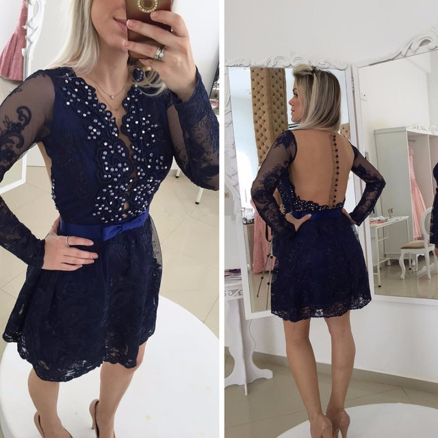 Vestido azul marinho curto