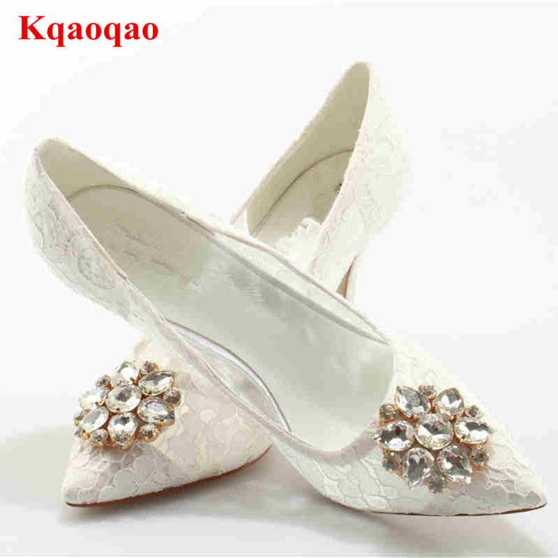 Crystal Embellished Flower Pattern Women Pumps Lace Wedding Party Dress Women Heels Lady Shoes Luxury Brand Star Runway Pumps vintage style twig shape flower embellished women s earring