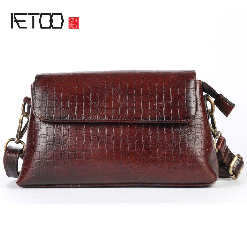 AETOO Oil wax head layer cow leather pattern embossed female fashion diagonal package small shoulder bag small messenger bag qiaobao 2018 new korean version of the first layer of women s leather packet messenger bag female shoulder diagonal cross bag