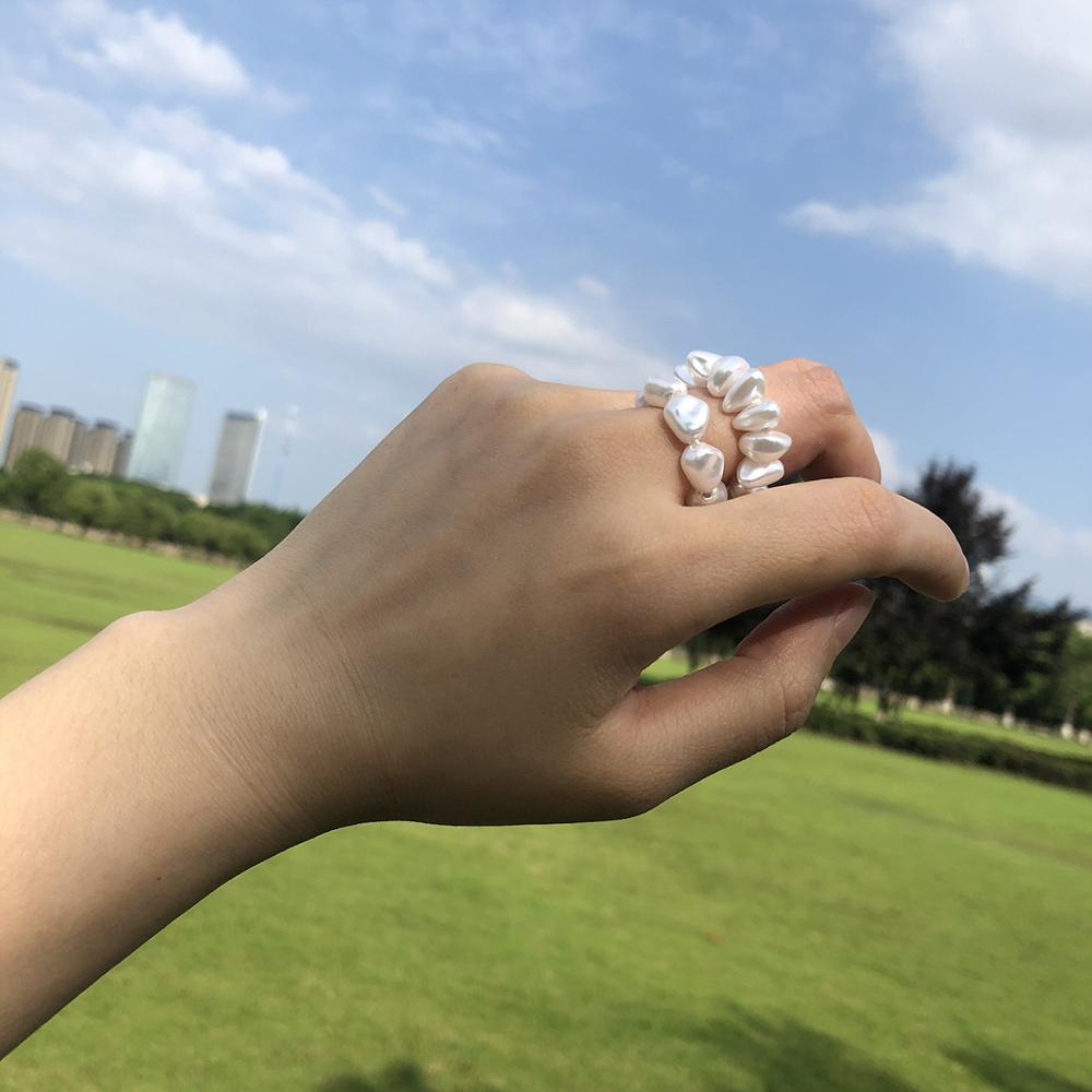 2pcs/Lot Wholesale Lots Bulk Fashion Korean White Irregular Pearls Bead Chain Elastic Finger Band Rings for Women Girl Wedding(China)