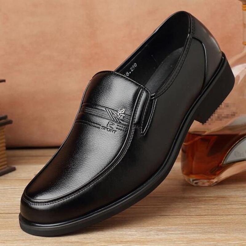 Plus չափի կոշիկ տղամարդկանց համար 46 47 48 Աշուն նոր տղամարդու հագուստի կոշիկներ Բնական կաշվե կոշտ կոշտ բնակարաններ Անվճար առաքում