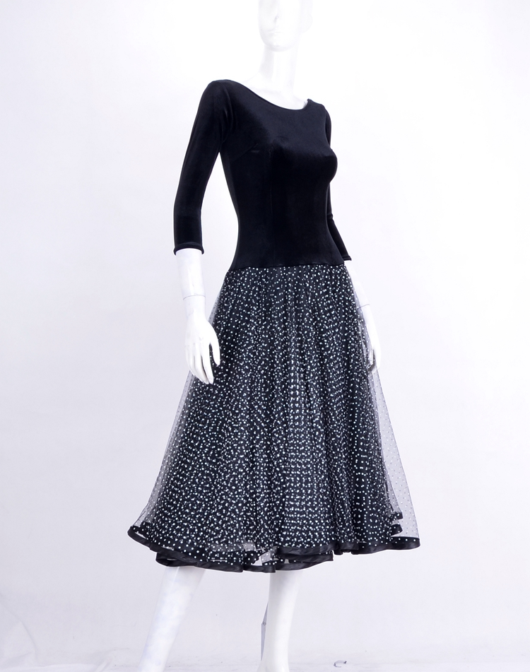 Danse de salon moderne ronde demi manches dos velours haut chemisier robe en maille W14088