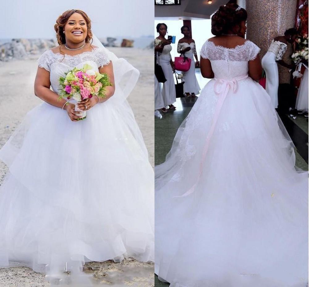 Robe de mariée en Tulle Simple remise élégante superbe grande taille pure dentelle de mariage coiffée robe de mariée 2020