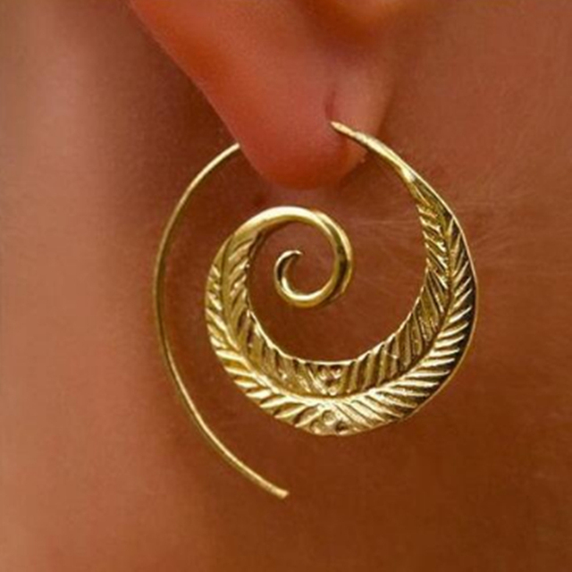 E0446 Simple Spiral Hook Earrings For Women Gold Color Exaggerated Circle Leaf W