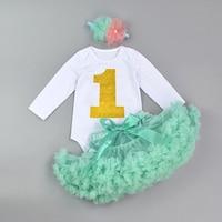 Nieuwste Pasgeboren Baby Baby Meisje Bodysuit Set Bebes Verjaardag Outfit Sets Ltter Print Romper + strikje Pettiskirt + bloem Hoofdband