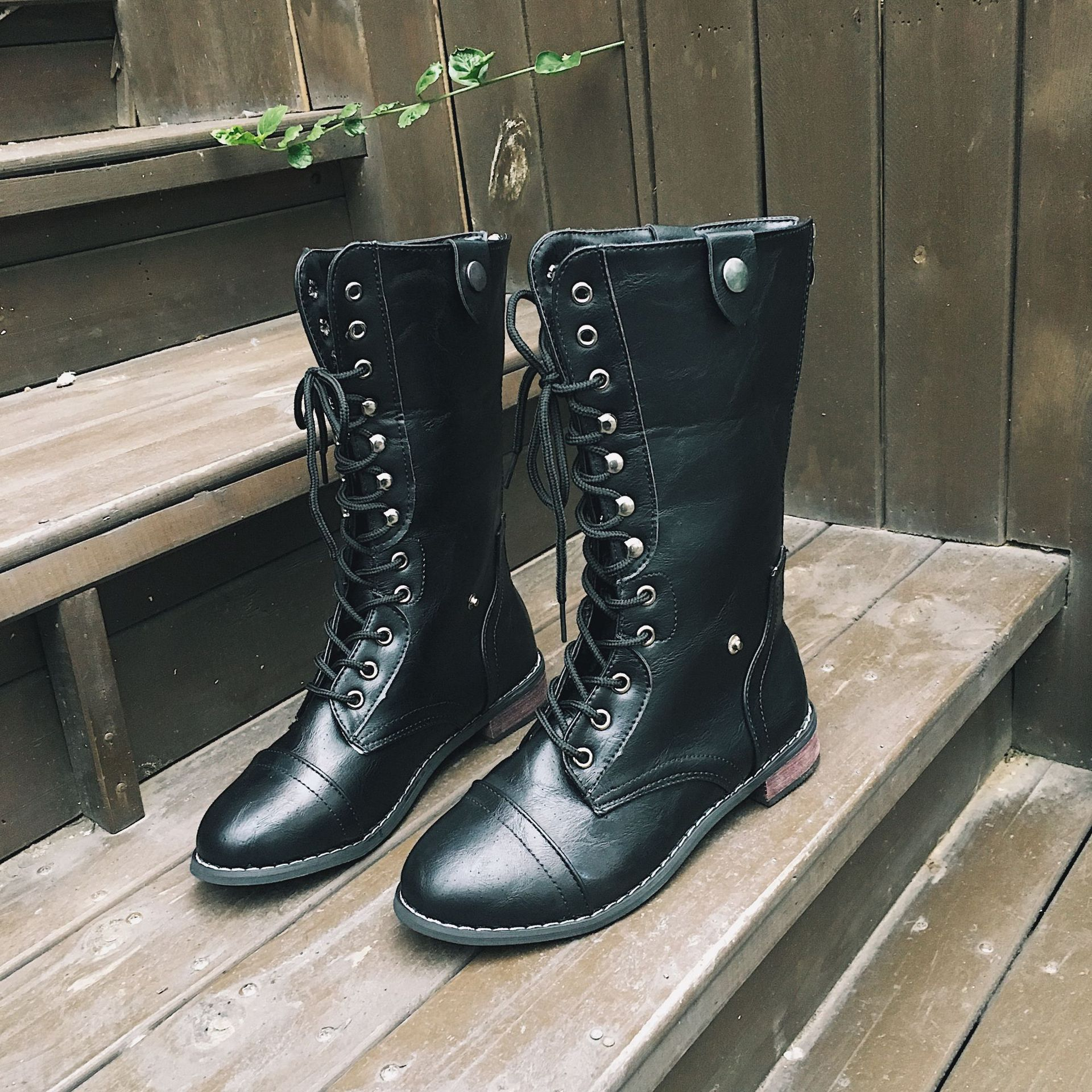 Retro British Women Boots  1