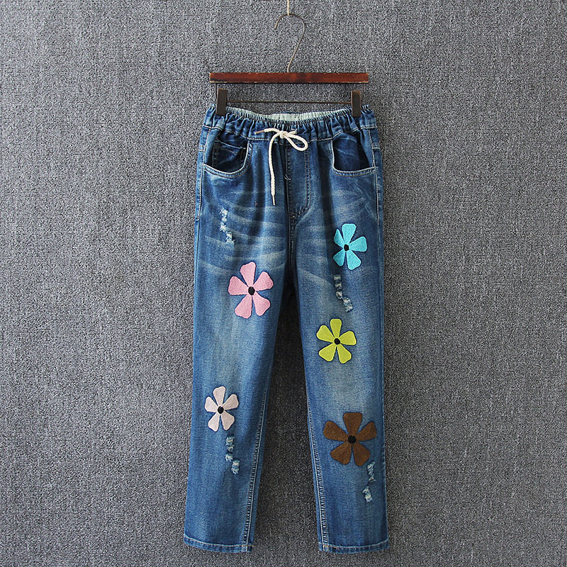 New Jeans Woman Embroidery Holes Calf-Length Pants Loose Harem Pants Plus Size XXXL Jeans Fashion Embroidery Cotton Jeans