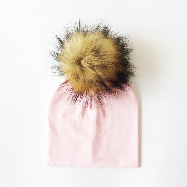 Kid's Hat With Pompon 5