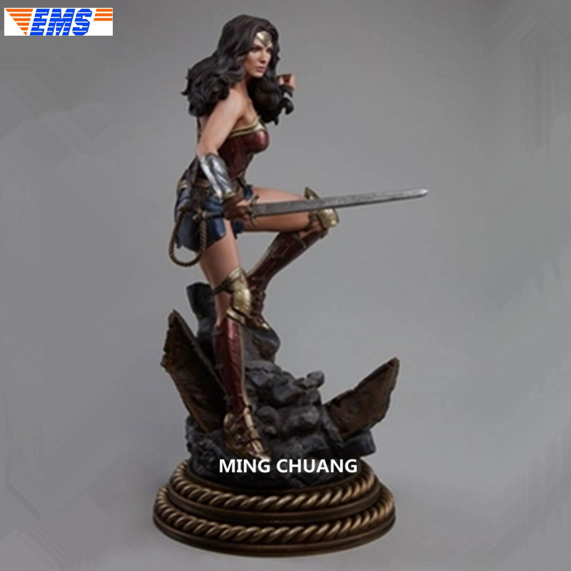 20 Justice League Statua Supereroe Diana Principe Busto Wonder Woman Full-Length Ritratto 1/4 GK Action Figure Giocattolo SCATOLA di 50 CENTIMETRI Z20620 Justice League Statua Supereroe Diana Principe Busto Wonder Woman Full-Length Ritratto 1/4 GK Action Figure Giocattolo SCATOLA di 50 CENTIMETRI Z206