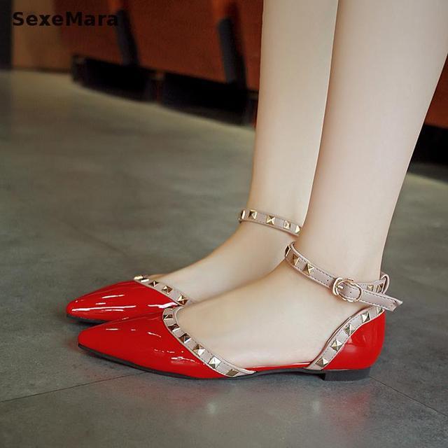 Girls in thongs and heels