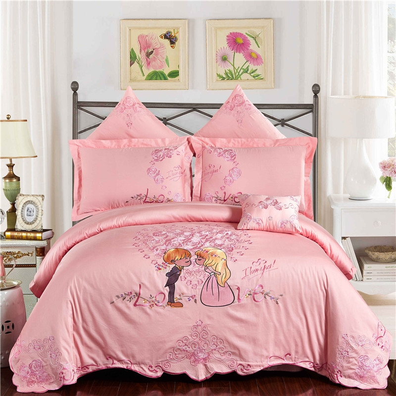 2017 New Wedding Style 100% cotton Bedding Set embroidery Comforter Cover Blanket Cover Flat Sheet Set Pillowcases