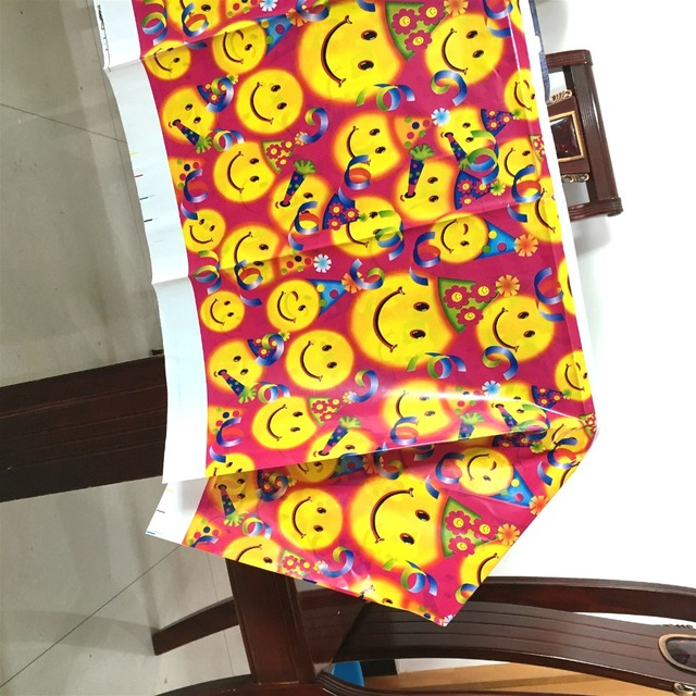 1Pack 108cm180cm Smile EMOji Theme Tablecloth For Kids Children Birthday Party Decoration Table Cover