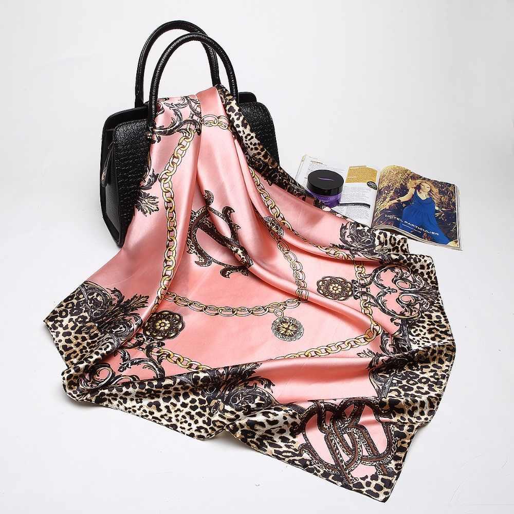 Sciarpe di modo per Le Donne Dello Scialle di Stampa Raso di Seta Della Sciarpa del Hijab Femminile Bandana 90*90 centimetri di Lusso di Marca Scialli Quadrati sciarpe Per Le Signore