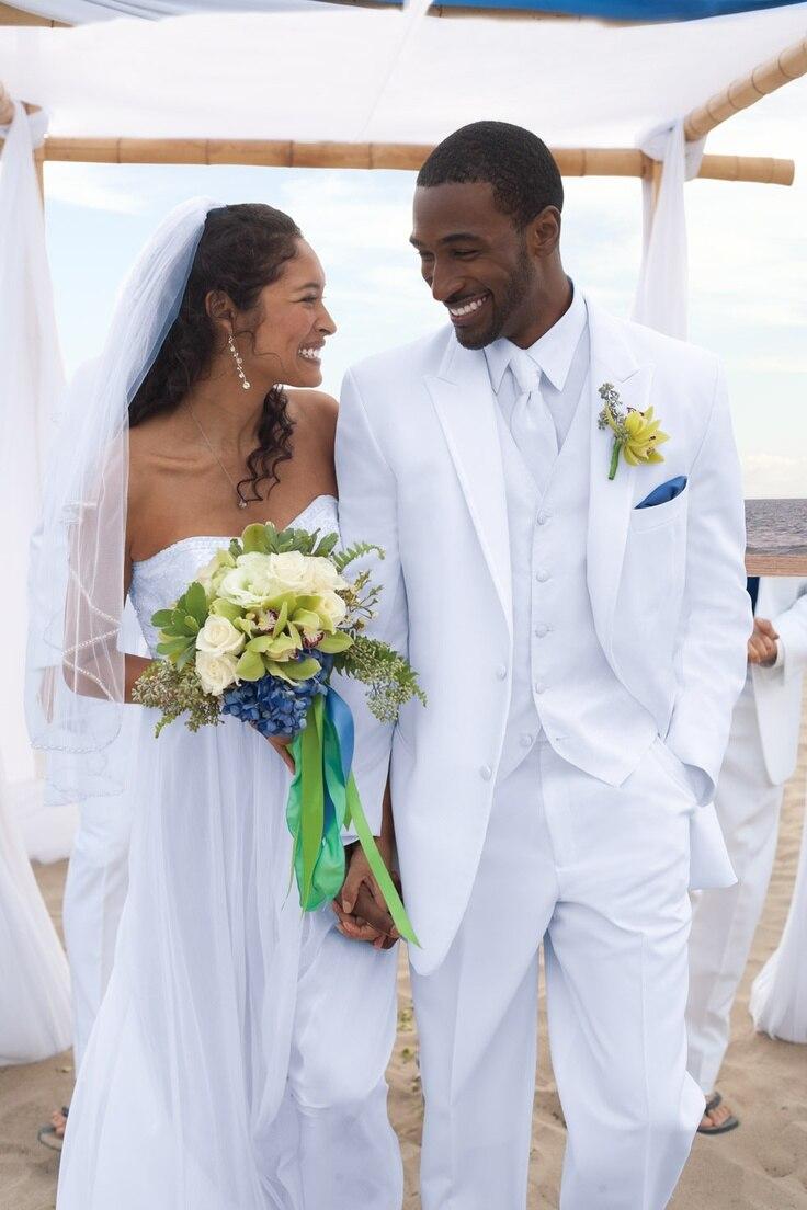 Brand New Groomsmen White Groom Tuxedos Peak Lapel Men Suits Wedding Best Man Blazer ( Jacket+Pants+Vest+Bow Tie ) C427